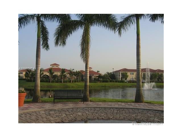 2586 Centergate Dr  #303, Miramar, FL - USA (photo 1)
