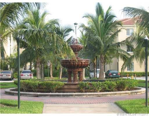 2586 Centergate Dr  #303, Miramar, FL - USA (photo 2)