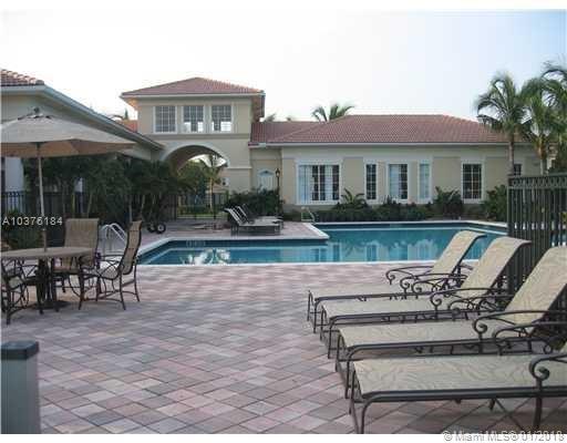 2586 Centergate Dr  #303, Miramar, FL - USA (photo 3)