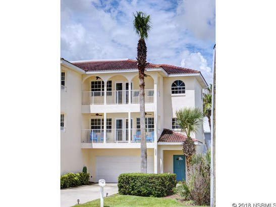 608 South Atlantic Ave 2, New Smyrna Beach, FL - USA (photo 1)