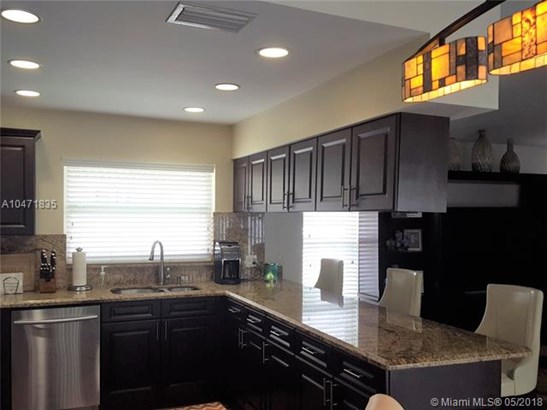 4216 Nw 73rd Ave, Coral Springs, FL - USA (photo 4)