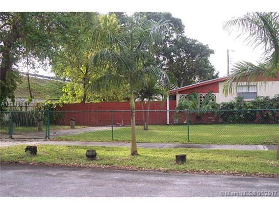 Single-Family Home - Hollywood, FL (photo 3)