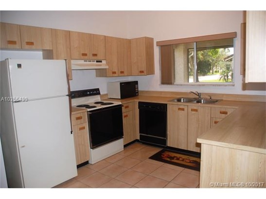 10404 Nw 9th Pl, Coral Springs, FL - USA (photo 4)