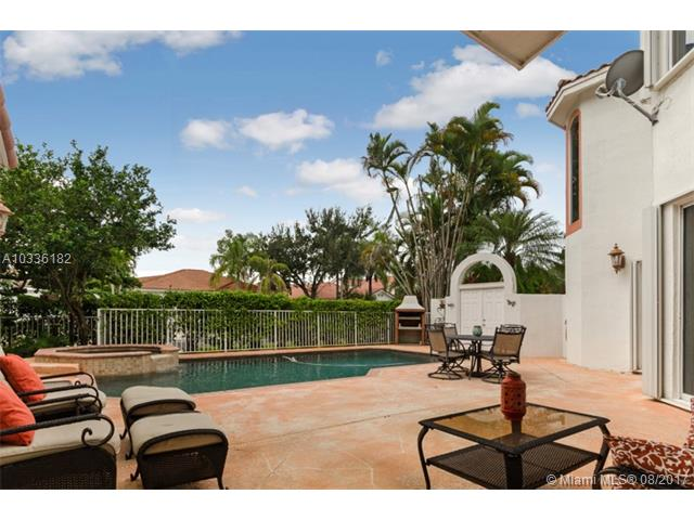 Single-Family Home - Pembroke Pines, FL (photo 5)