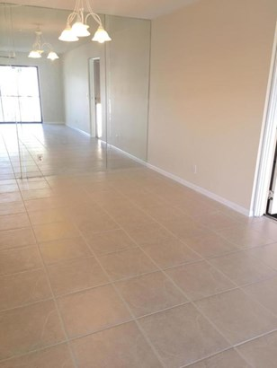 207 Foxtail Drive Unit E2, Greenacres, FL - USA (photo 1)