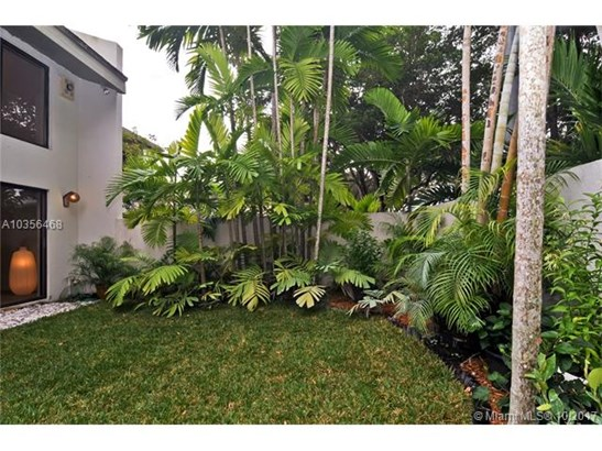 7085 Sw 67th Ave, South Miami, FL - USA (photo 2)