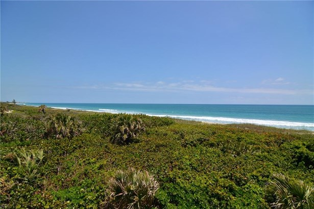 Condo/Townhouse - Hutchinson Island, FL (photo 2)