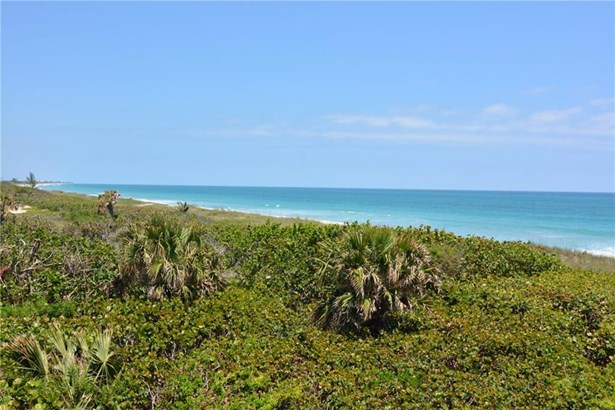 Condo/Townhouse - Hutchinson Island, FL (photo 3)