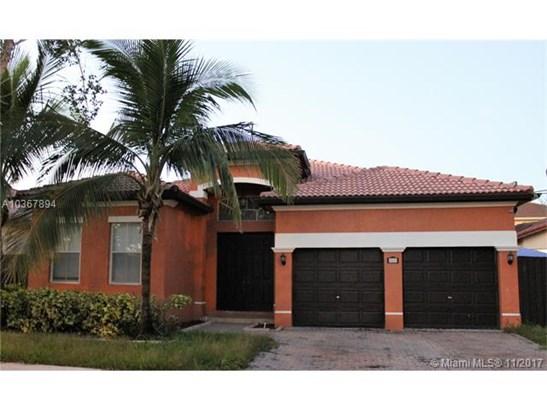 8849 Nw 178th St, Hialeah, FL - USA (photo 1)