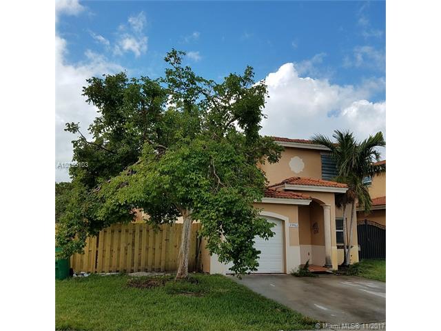 19922 Nw 79th Ave, Hialeah, FL - USA (photo 2)