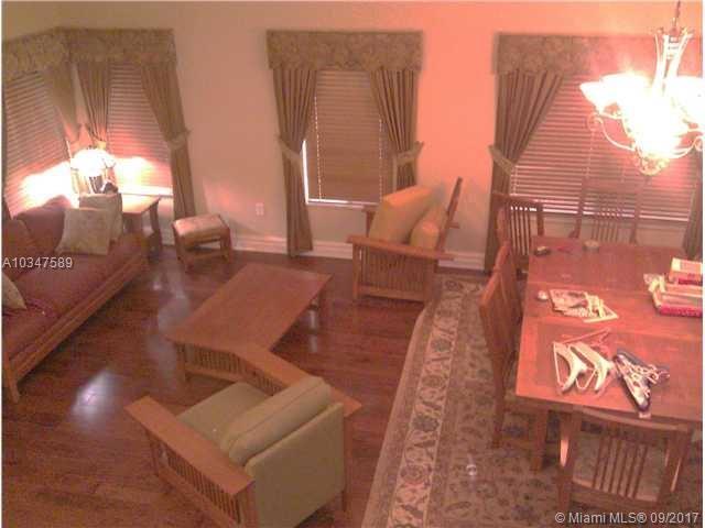1085 Ne 36th Ave, Homestead, FL - USA (photo 4)
