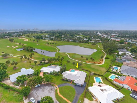 1104 Country Club Circle, North Palm Beach, FL - USA (photo 1)