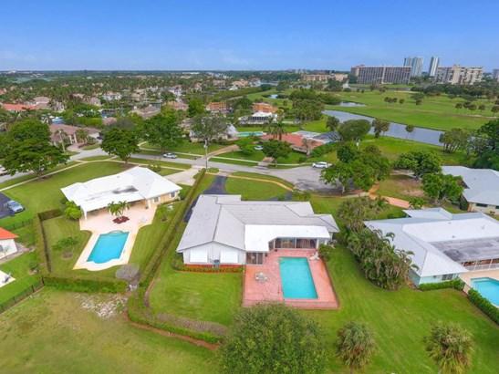 1104 Country Club Circle, North Palm Beach, FL - USA (photo 2)
