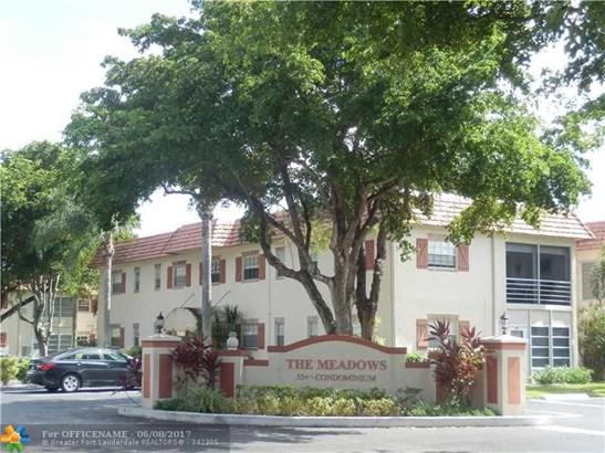 Condo/Townhouse - Margate, FL (photo 1)