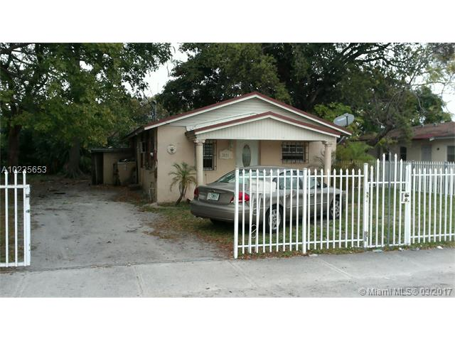 Single-Family Home - Miami Gardens, FL (photo 2)