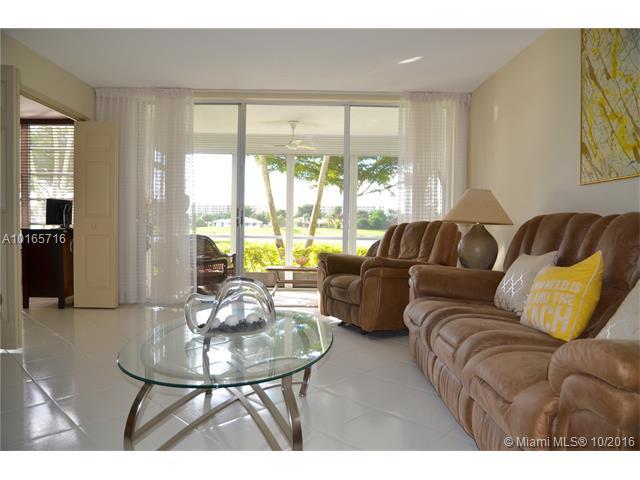 Condo/Townhouse - Pompano Beach, FL (photo 3)