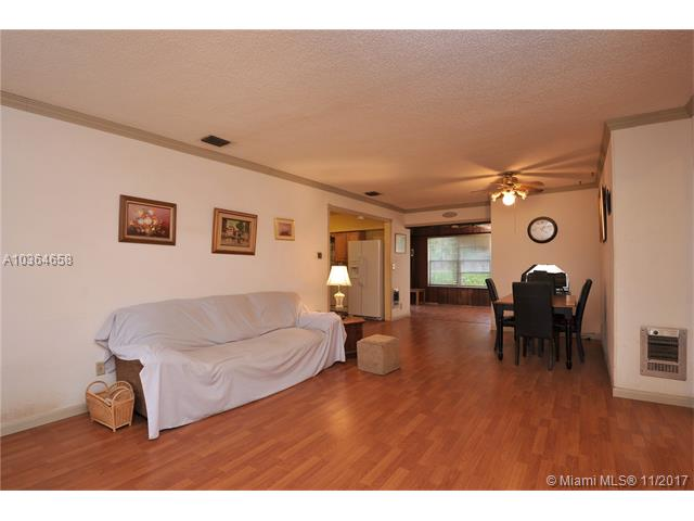 7481 Lincoln St, Hollywood, FL - USA (photo 3)