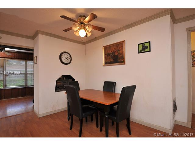7481 Lincoln St, Hollywood, FL - USA (photo 5)