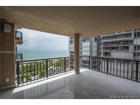 Condo/Townhouse - Bal Harbour, FL (photo 3)