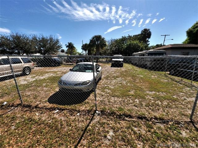 Service Home Builders Inc Blk 1 Lot 8, Fort Pierce, FL - USA (photo 1)