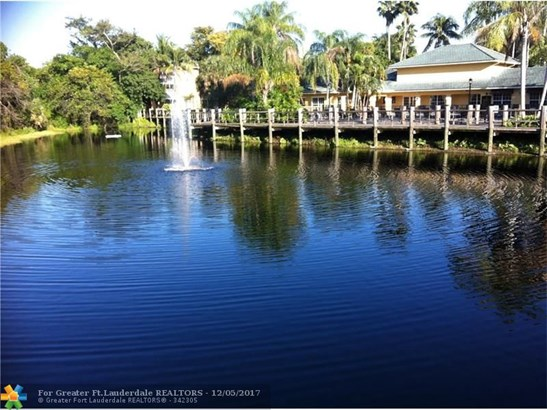 4025 W Mcnab Rd #211e, Pompano Beach, FL - USA (photo 1)