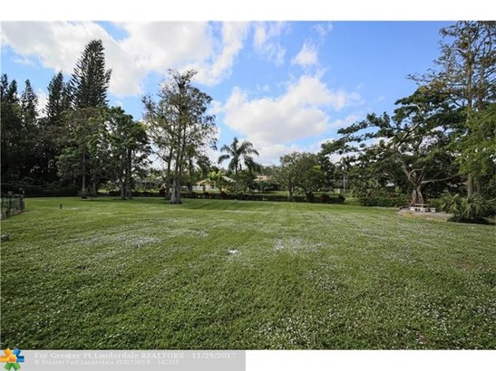 5200 Whisper Dr, Coral Springs, FL - USA (photo 5)