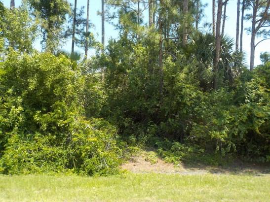 335 Ne Surfside Av Avenue, Port St. Lucie, FL - USA (photo 1)