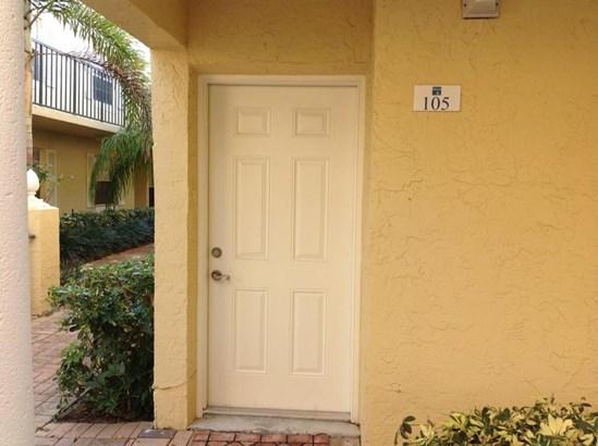 1010 Lake Shore Drive Unit 105, Lake Park, FL - USA (photo 1)