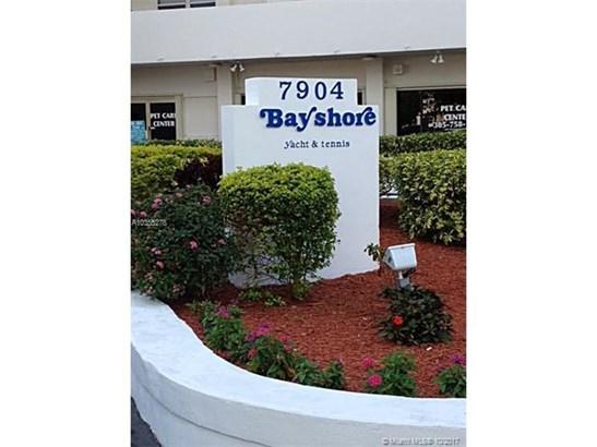 7904 West Dr  #312, North Bay Village, FL - USA (photo 1)
