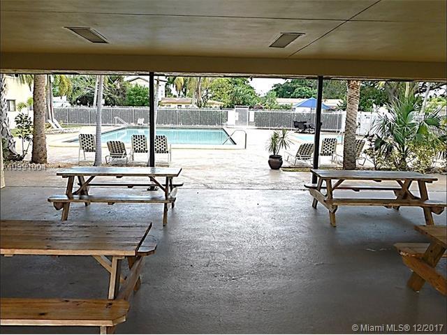 1205 S Flagler Ave, Pompano Beach, FL - USA (photo 4)