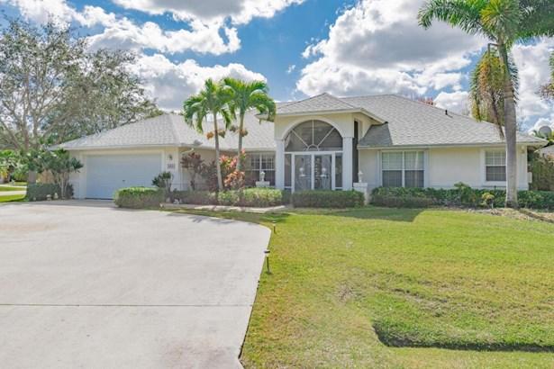 5820 Nw Begonia Avenue, Port St. Lucie, FL - USA (photo 2)