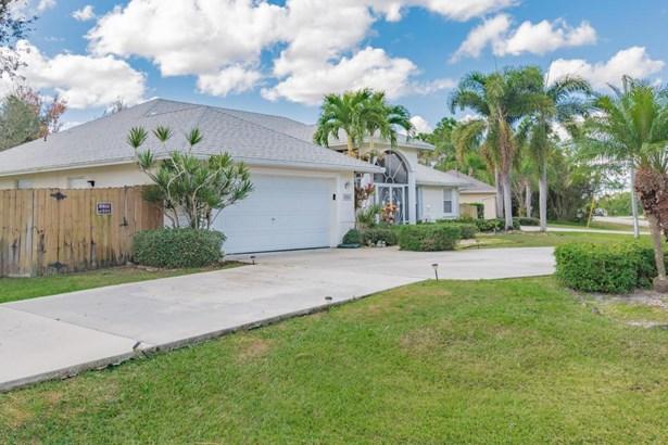 5820 Nw Begonia Avenue, Port St. Lucie, FL - USA (photo 4)