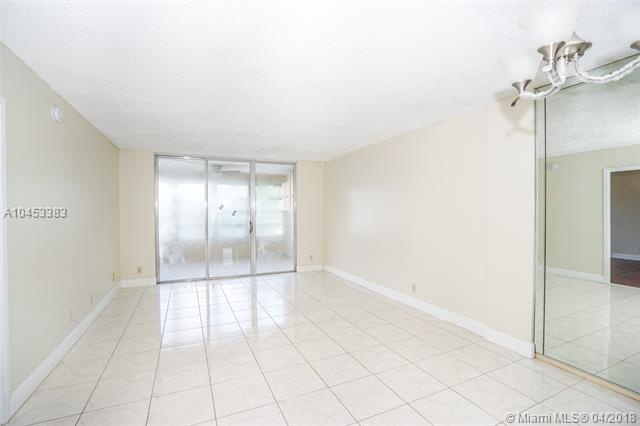 2601 Nw 48th Ter  #450, Lauderdale Lakes, FL - USA (photo 4)