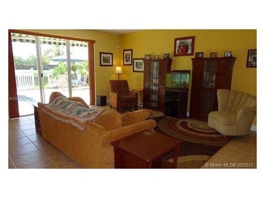 Single-Family Home - Davie, FL (photo 4)