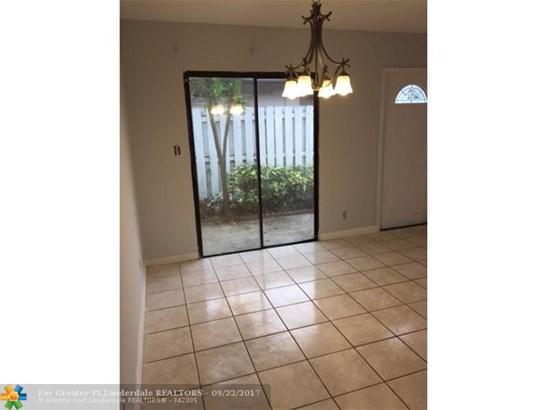 Rental - North Lauderdale, FL (photo 4)