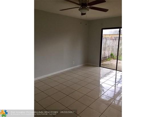 Rental - North Lauderdale, FL (photo 5)