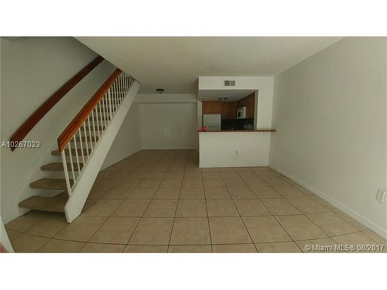 Condo/Townhouse - Miami, FL (photo 3)
