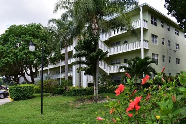 139 Southampton B, West Palm Beach, FL - USA (photo 1)
