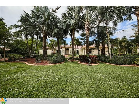 5200 Whisper Dr, Coral Springs, FL - USA (photo 2)