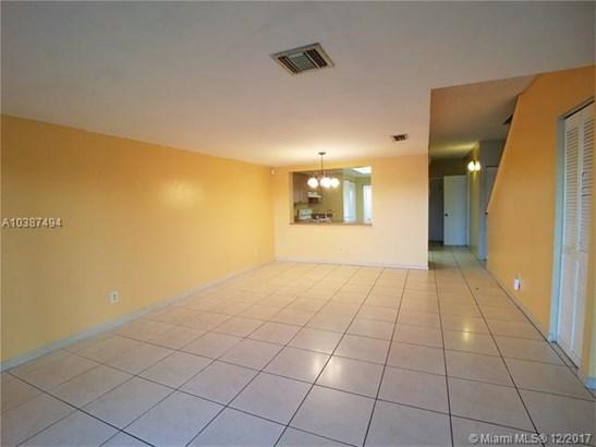 4643 Nw 90th Ave, Sunrise, FL - USA (photo 4)