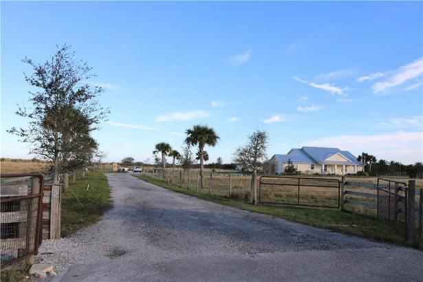 20009 Southern Star Drive 20009, Fort Pierce, FL - USA (photo 3)