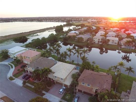 630 Sw 167th Way, Pembroke Pines, FL - USA (photo 4)