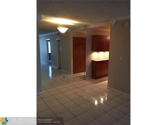 669 W Oakland Park Blvd #109b, Wilton Manors, FL - USA (photo 2)