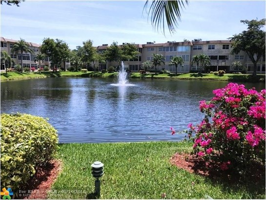 5002 Nw 35th St #209, Lauderdale Lakes, FL - USA (photo 2)
