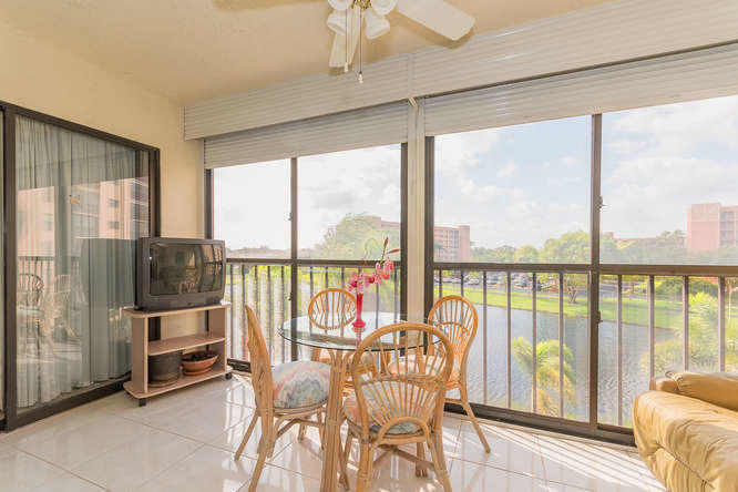 7290 Ashford Place Unit 407, Delray Beach, FL - USA (photo 5)