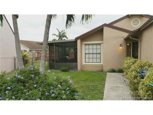 2421 Sw 82nd Ave, Miramar, FL - USA (photo 1)