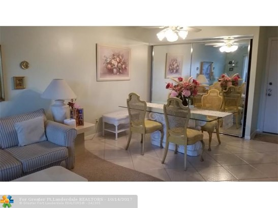 8140 Sw 24th St #206, North Lauderdale, FL - USA (photo 4)