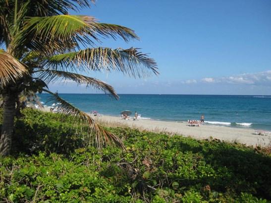 3215 S Ocean Boulevard Unit 405, Highland Beach, FL - USA (photo 1)