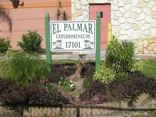 Condo/Townhouse - Miami Gardens, FL (photo 4)