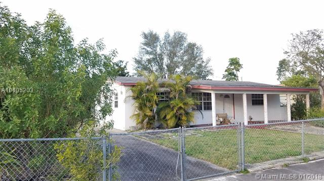 3471 Nw 206th St, Miami Gardens, FL - USA (photo 2)